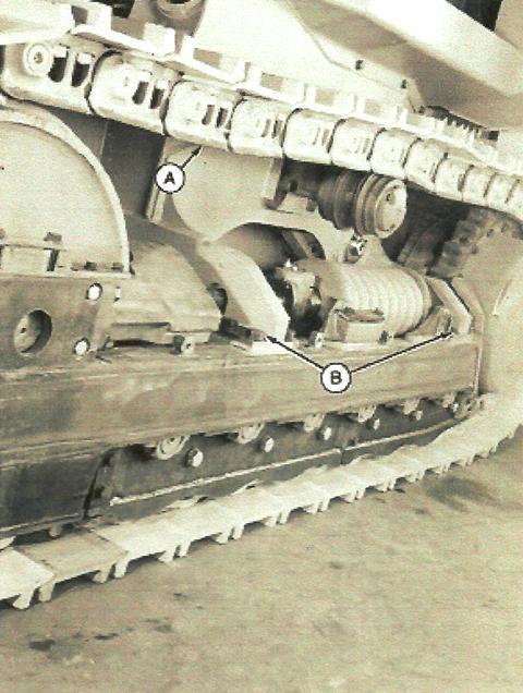 John Deere Crawler 755B Track Frame – Installation & Removal